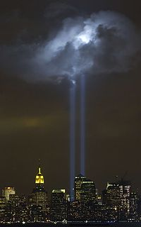 200px-Tribute_in_Light_Memorial_September_9_2004
